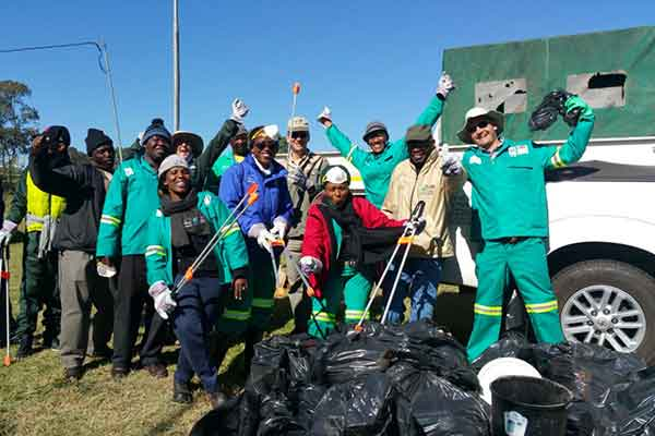 Johannesburg City Parks and Zoo Region E Team cleaning up Innesfree Park