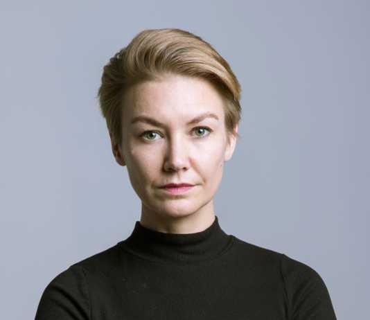 Anne-Dolinschek,-Head-of-Consumer-PR