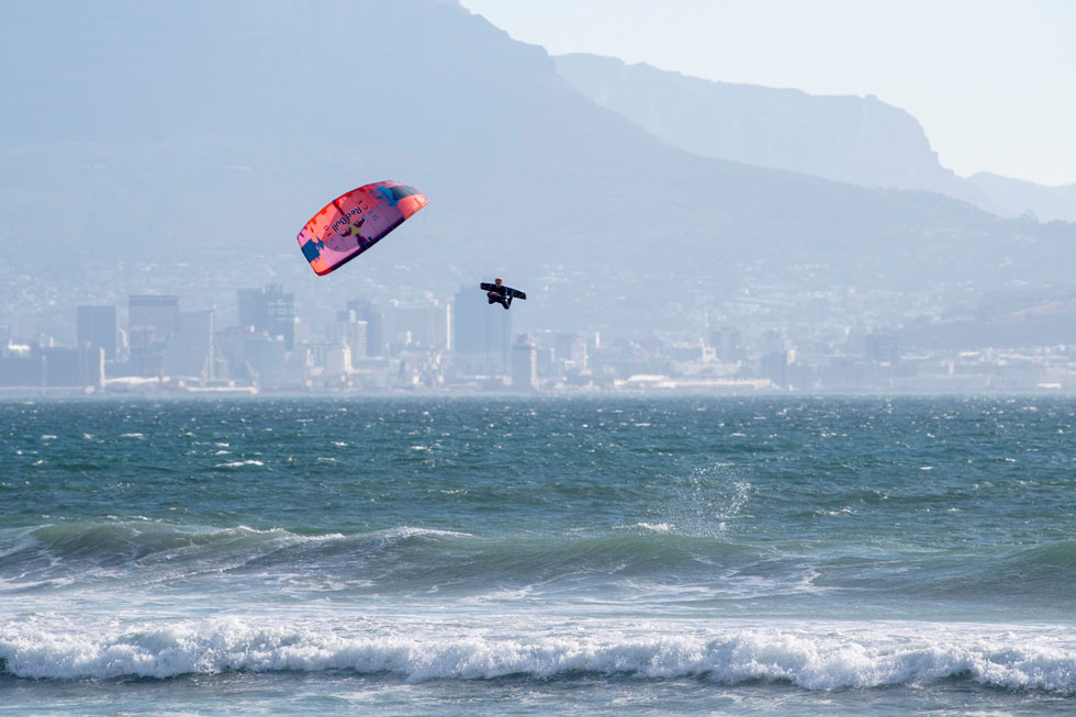Image-Craig-Kolesky---Lasse-Walker-of-the-Netherlands-trains-ahead-of-Red-Bull-King-of-the-air