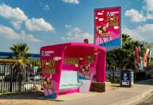 play@4wm-with-bus-shelter-campaign-980px-x-653px-b