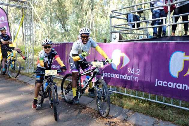 Jacaranda-FM-presenter-Thabiso-Khambule-and-his-son-Jaydon-also-took-to-the-track