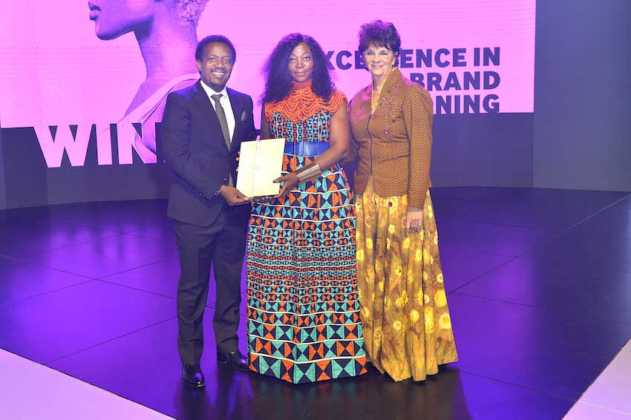 Winner of the Excellence in Brand Positioning award Volkswagen SA for The Peoples Car campaign and their agency partner Ogilvy SA and Yvonne Johnston chairperson of