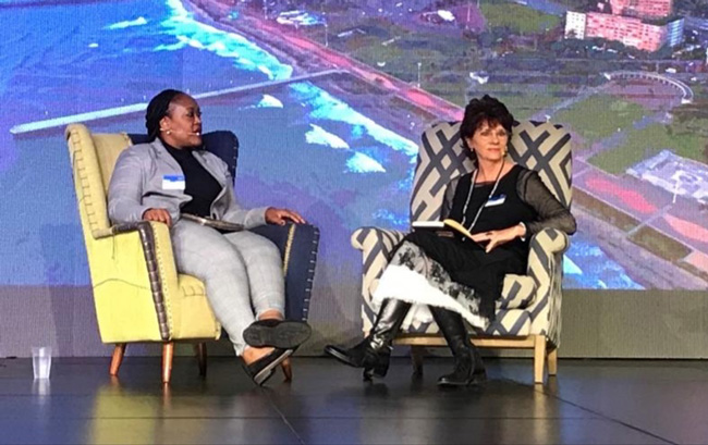 Yvonne-Johnston-opens-the-marketing-achievement-summit